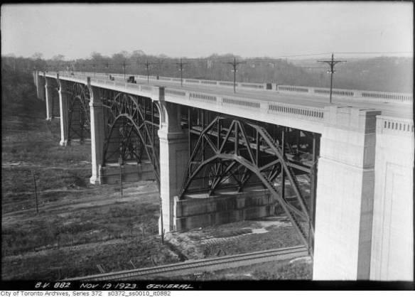 Bloor Street Viaduct with Sorauren-built girders